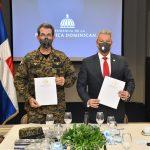 Ministerio de la Presidencia y Ministerio de Defensa firman acuerdo de colaboración para incluir militares al Plan Nacional de Viviendas Familia Feliz